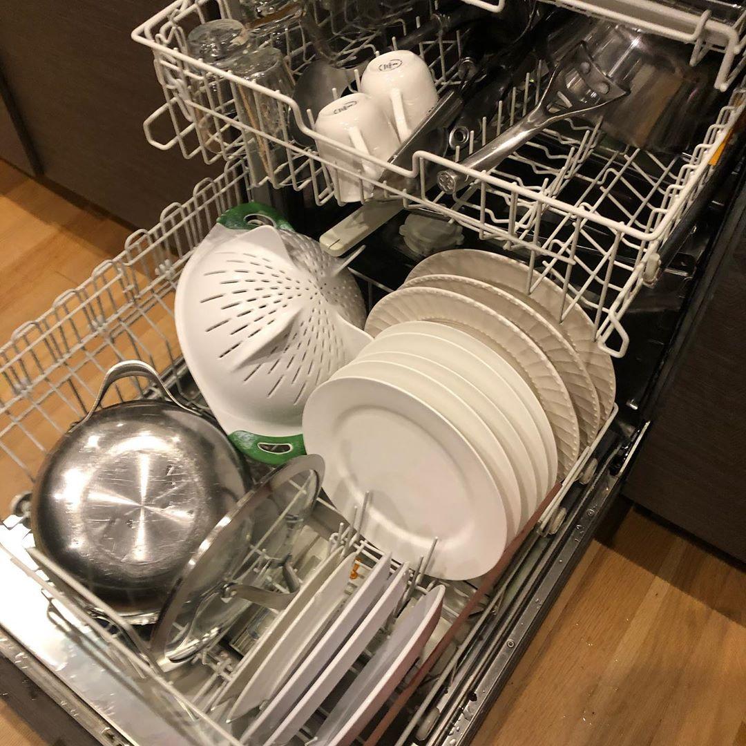 洗碗机故障   洗涤后洗碗粉有残留的原因分析