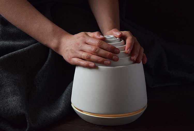 设计癖|CIEPLIK 蜡烛暖手炉