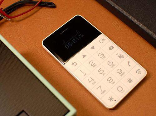 Talkase T3 | 可以放进钱包的手机