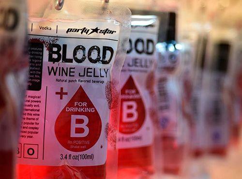「血袋饮料」少年,来一发么