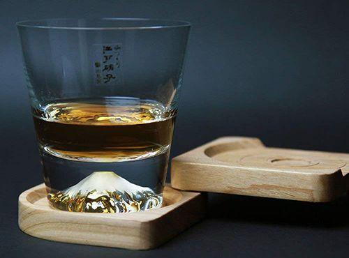 「江户硝子の富士山杯」雪如纨素烟如柄,白扇倒悬东海天