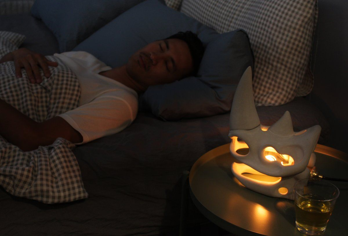 在卧室用Fossil Light