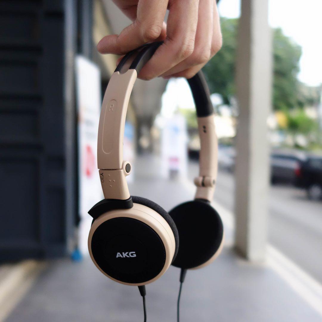 AKG Y30 耳机