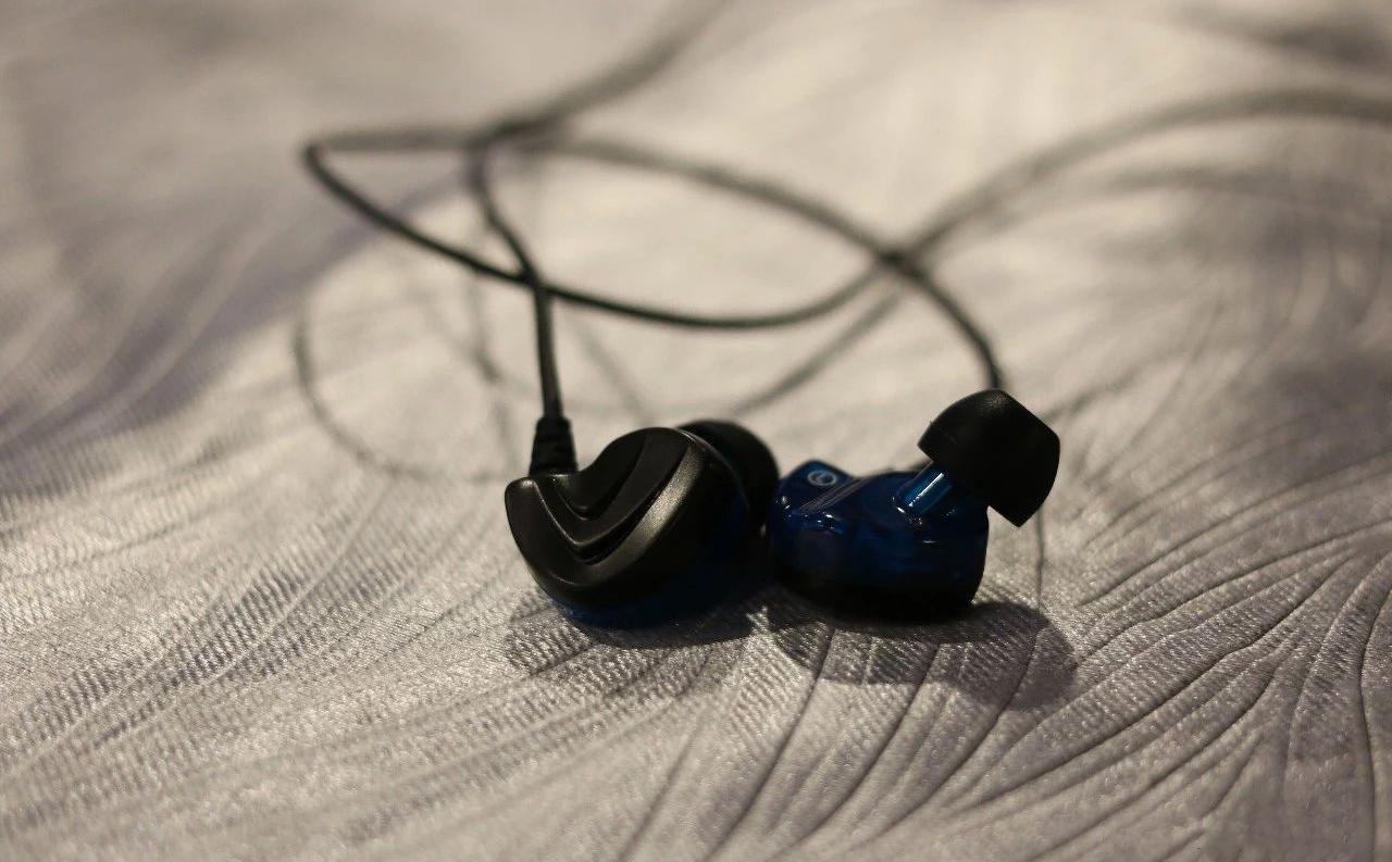 飞朵 A73s 耳机