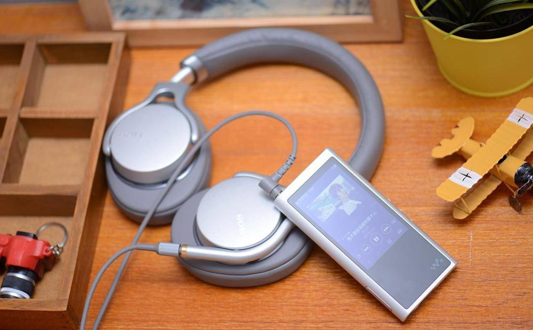 Sony MDR – 1AM2 耳机