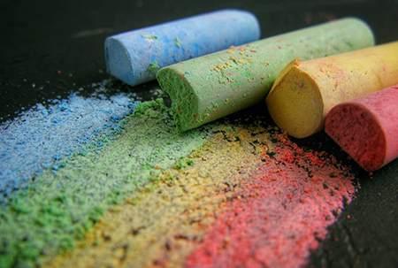 粉笔选购指南 | 从无尘粉笔、水溶性粉笔的区别,到粉笔的危害