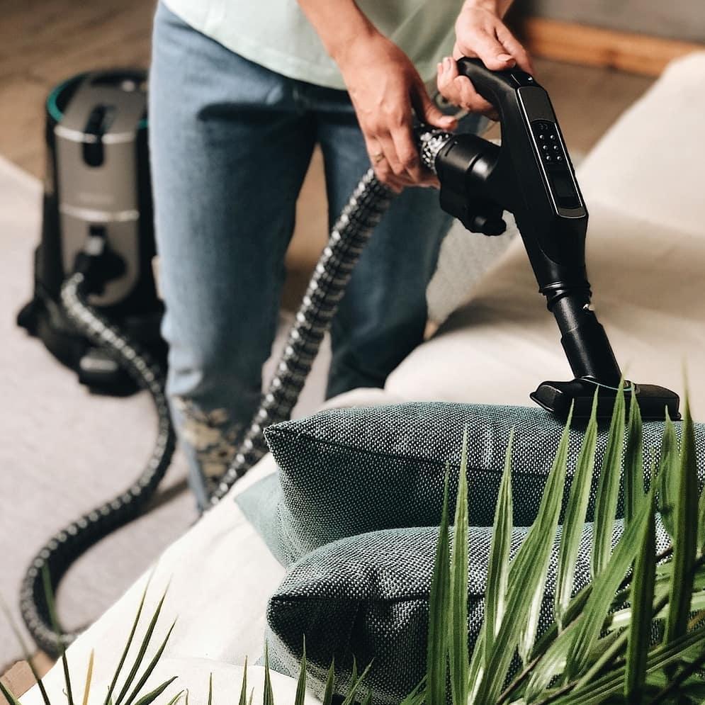 水过滤吸尘器