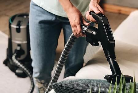 水过滤吸尘器的原理、优缺点及使用场景分析