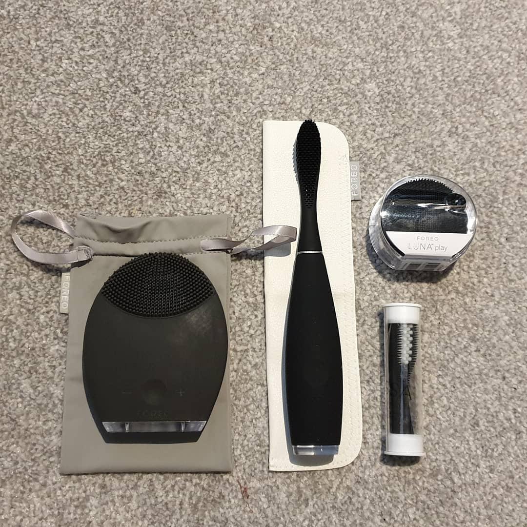 Foreo ISSA 2 电动硅胶牙刷